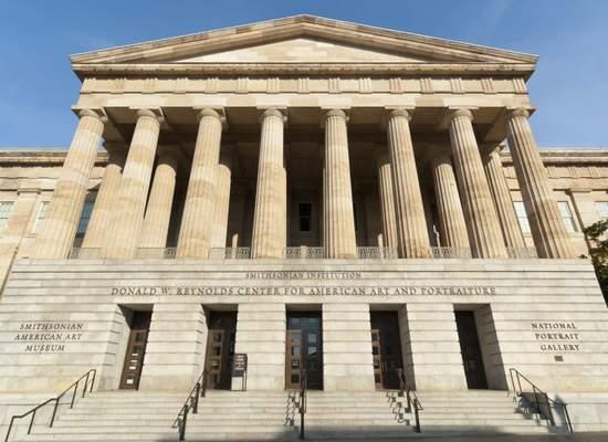 Smithsonian_American_Art_Museum_exterior_3